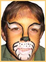 A boy requested a lion animal facepainting at this holiday party in nyc.  Simba, eat your heart out!
