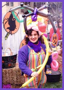 Daisy Doodle twists balloons for CBS Early Show on Channel 2 TV for their kids Halloween Party in New York City.