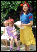 Daisy Doodle dressed as Snow White for kids party entertainment in new york city.