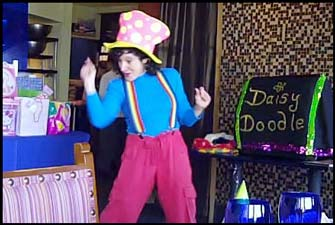 Kids magician Daisy Doodle performs a childrens magic show for birthday party entertainment in nyc and vicinity.